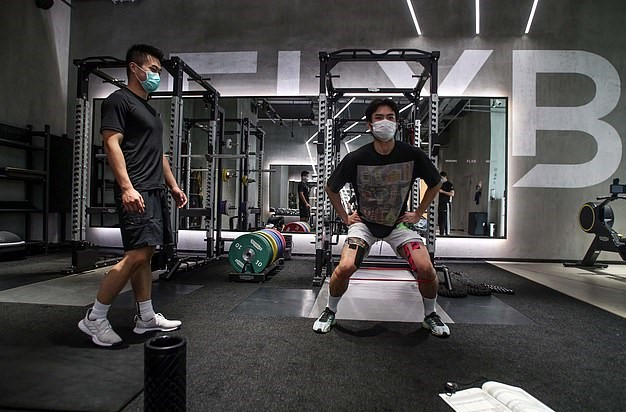 how to stay safe in the gym during coronavirus outbreak