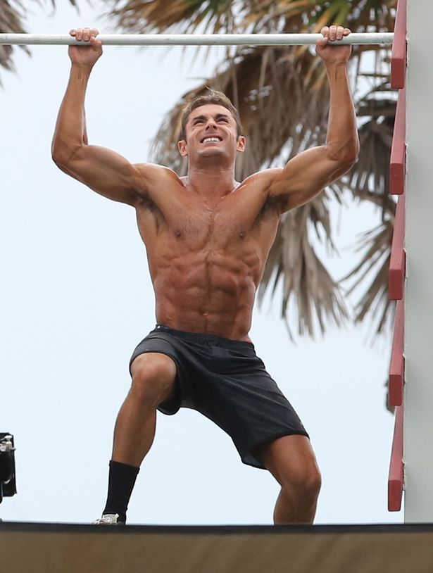 training upper body Zac Efron Baywatch workout plan