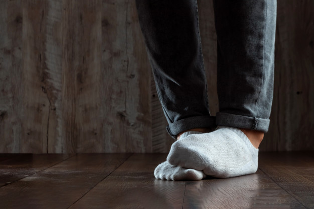 how to get rid of stinky feet and stop smelly feet